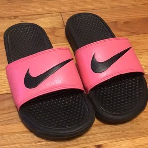 Nike Slip Ons/Sliders